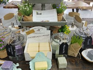 decor Gifts 400x